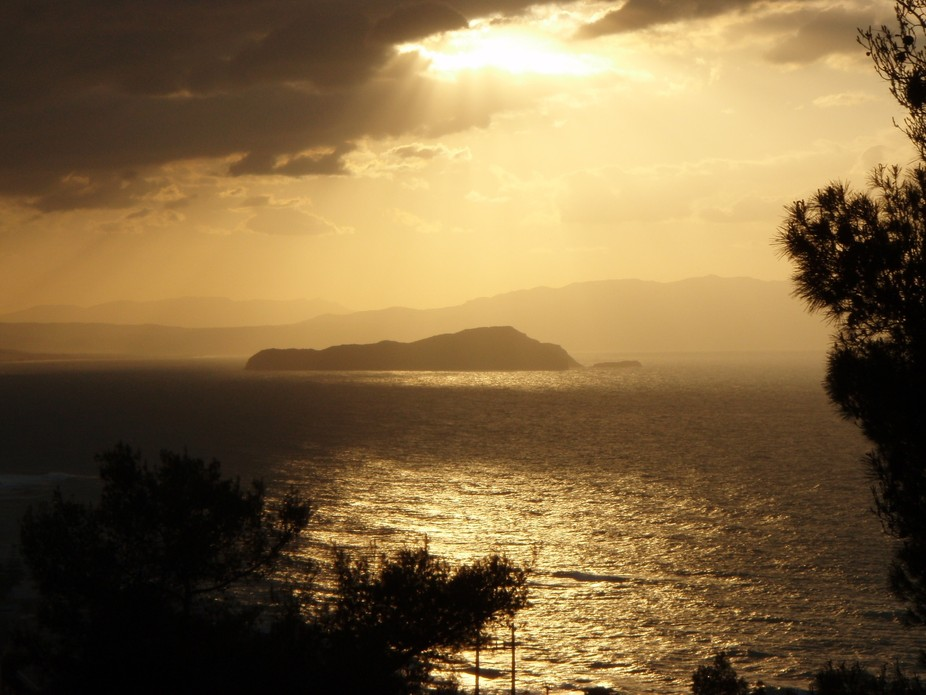 This photo was captured with a simple Olympus 770SW, in Chania, Island of Crete in Greece.  http:...