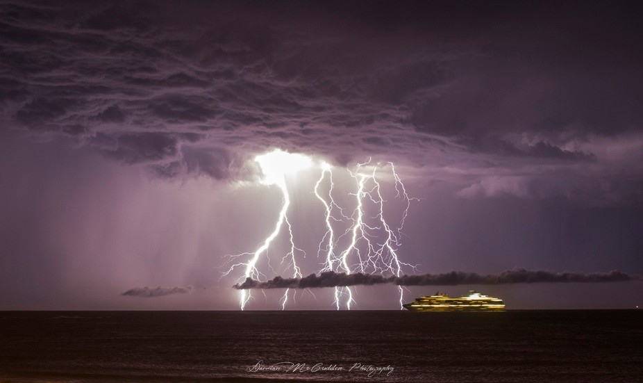 Hey guys,  We had Thunderstorms about a month ago so i headed down to Kings Beach in Caloundra, A...