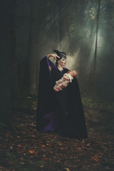 Casting the spell (Maleficent)
