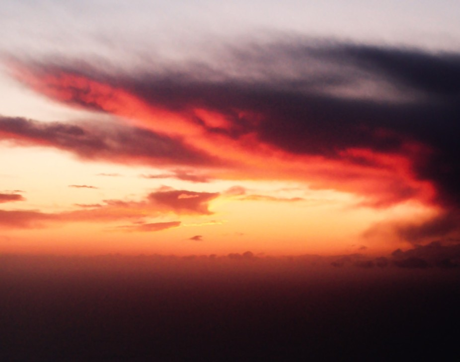 ENG: a natural light sunrise from above 10 km over the English Channel, sometimes I wish I had th...
