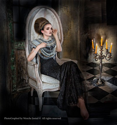 """""""It is better to light a candle than curse the darkness."""" ― Eleanor Roosevelt"""