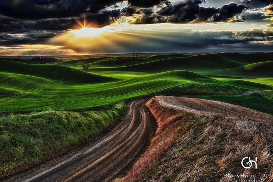 Was driving near the town of Steptoe, WA and saw this amazing light. I found a dirt road and foll...