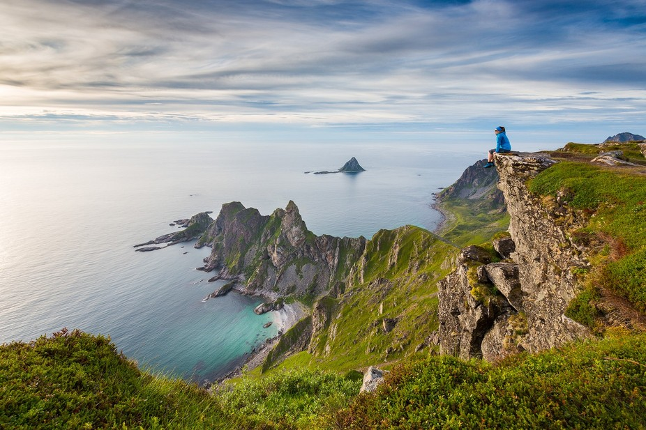 Måtinden is a mountain peak on Andøya Island in Northern Norway. The view from edge gives you m...