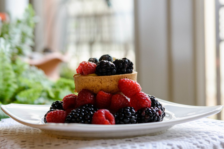 I love berries ...and not just as something to eat. Their delicacy, texture and color is just vis...