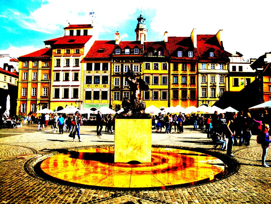 Architecture and life of Warsaw - city in Poland - yourglitter (351)