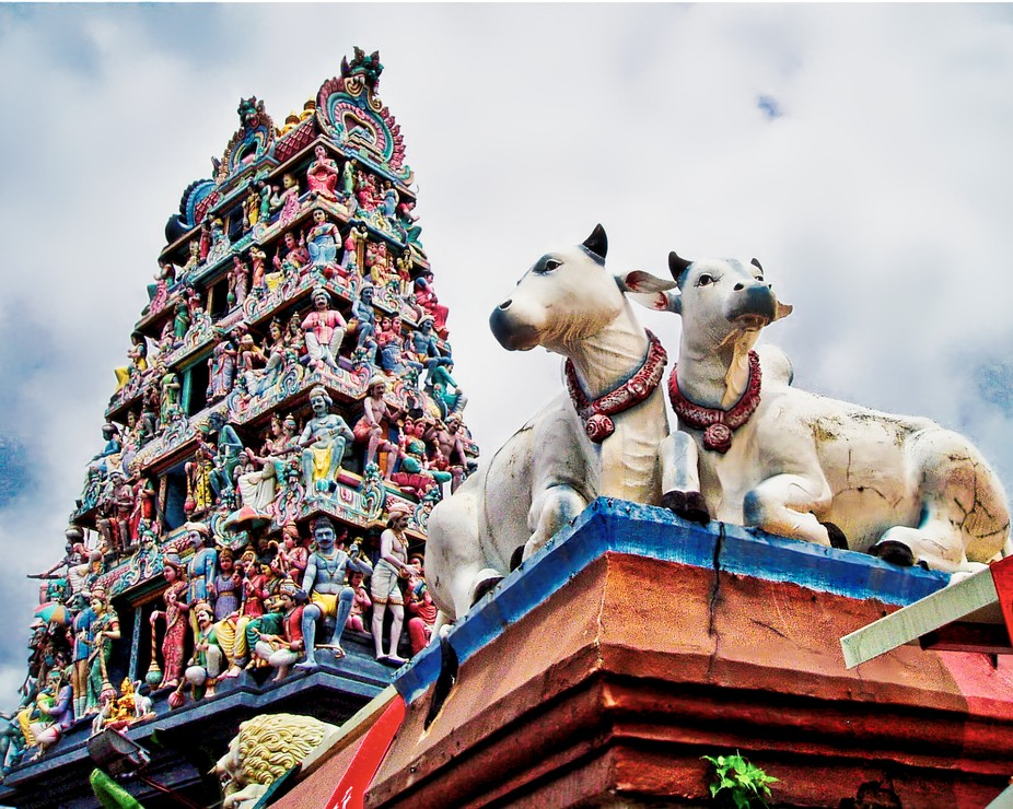 Detail of the The Sri Mariamman Temple in Singapore
